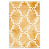 Safavieh Dip Dye Trellis Curve 2-Foot x 3-Foot Accent Rug in Gold/Ivory