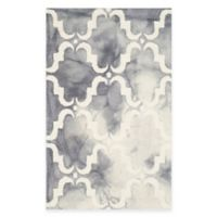 Safavieh Dip Dye Trellis Curve 2-Foot 6-Inch x 4-Foot Accent Rug in Grey/Ivory