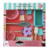 Child's 25-Piece Deluxe Baking Set