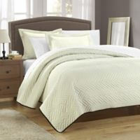 Chic Home Pisa Reversible Queen Quilt Set in Beige/Chocolate