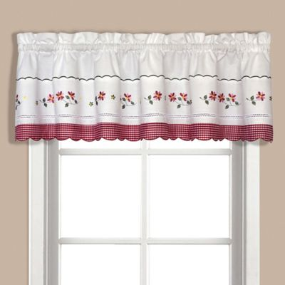 Gentil Gingham Valance In Red