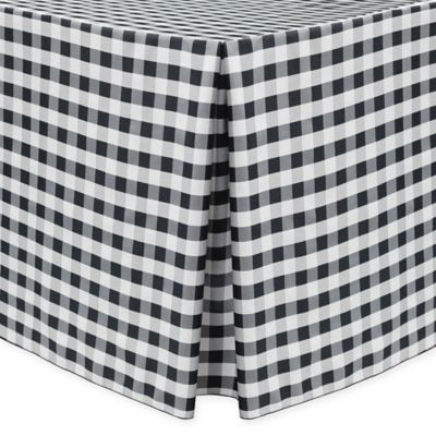 Gingham Poly Check Indoor/Outdoor Fitted 6 Foot Tablecloth In Black/White