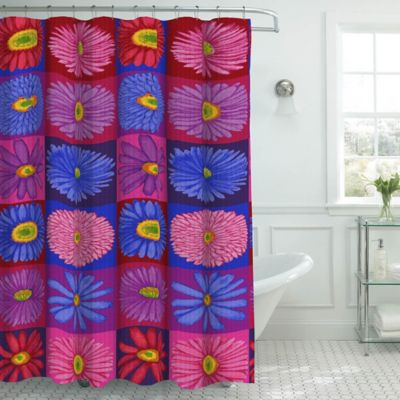 Brighten Daisy Shower Curtain With Hooks In Pink/Red