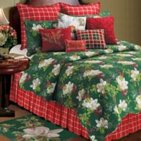 Bella Magnolia Reversible Full/Queen Quilt in Green/Red/White