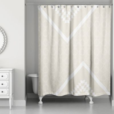 Decorative Quatrefoil Shower Curtain In Ivory/Cream