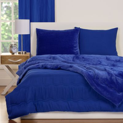 CrayolaR Playful Plush 3 Piece Full Queen Comforter Set In Blue