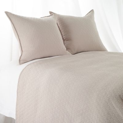 High Quality Aura Indi Diamond Matelasse Twin Coverlet In Linen
