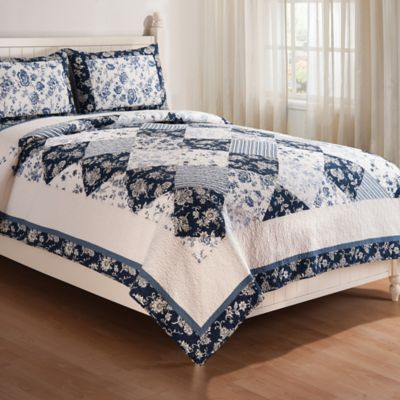 blue canton reversible fullqueen quilt set in bluewhite