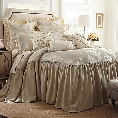 Austin Horn Classics Jacqueline Bedspread In Cream Bed