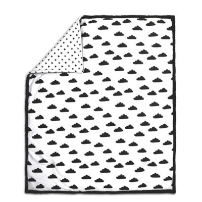 the peanut shell cloud quilt in blackwhite