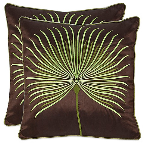 image of Safavieh Leste Verte 22-Inch x 22-Inch Throw Pillows in Green (Set of 2)