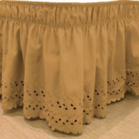 EasyFit™ Eyelet Twin/Full Ruffled Bed Skirt in Gold