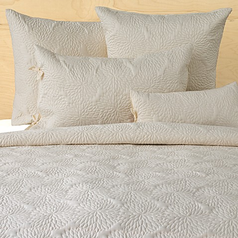 Chrysanthemum Ivory Quilt by DKNY - Bed Bath & Beyond : ivory quilts - Adamdwight.com