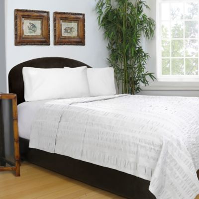 Exceptional Park B. Smith® Metro Farmhouse Seersucker Full/Queen Coverlet In White