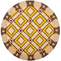 Safavieh Four Seasons Southwest 6-Foot Round Indoor/Outdoor Area Rug in Beige/Yellow