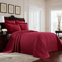 Williamsburg Richmond Queen Bedspread in Red