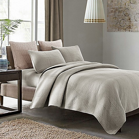 Susan Reversible King Quilt Set in Grey
