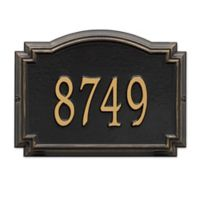 Whitehall Williamsburg 1-Line Standard Wall Plaque in Black/Gold