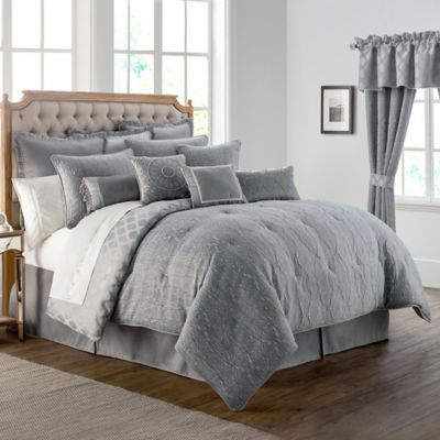 Waterford Linens Carlisle King Comforter Set In Platinum