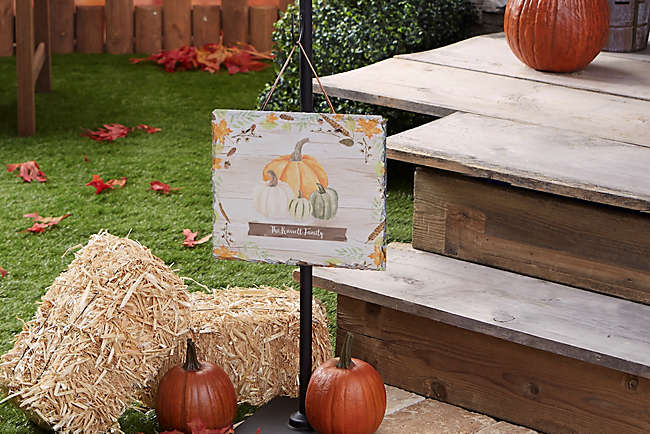 Decorate Your Door and Entryway For Fall