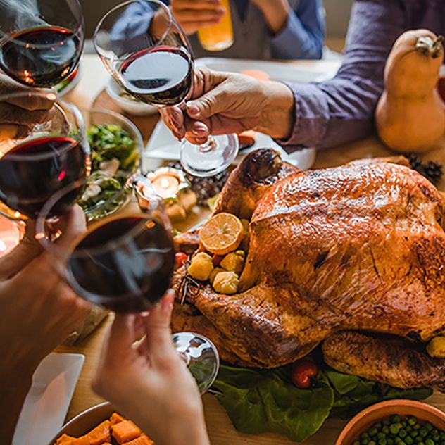 How to Host Thanksgiving in a Small Space