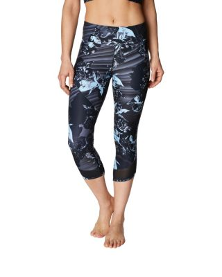 Image of AIRBRUSH PRINT MESH INSET CROP LEGGING BLACK MULTI