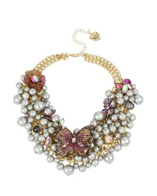 Image of BUTTERFLY BLITZ STATEMENT PEARL NECKLACE PINK