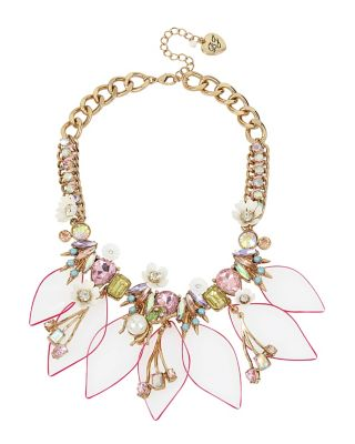 BUZZ OFF LUCITE FRONTAL NECKLACE MULTI