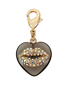 CHARMING BETSEY EXCLUSIVE HEART LIPS