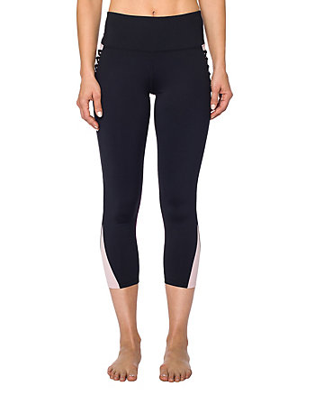 CONTRAST CRISS CROSS CROP LEGGING