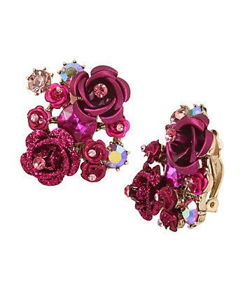 IN LOVE FLOWER CLIP EARRINGS