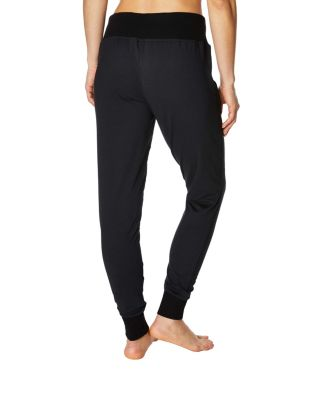 JOGGER WITH FRONT ZIPPER DETAIL BLACK