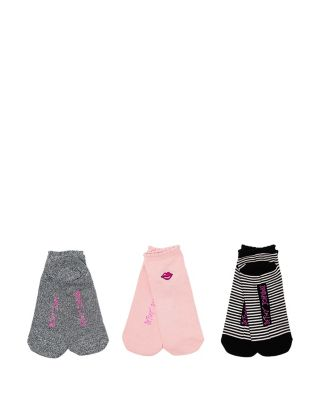 LIPS EMBROIDERED SUPER SOFT THREE PACK MULTI