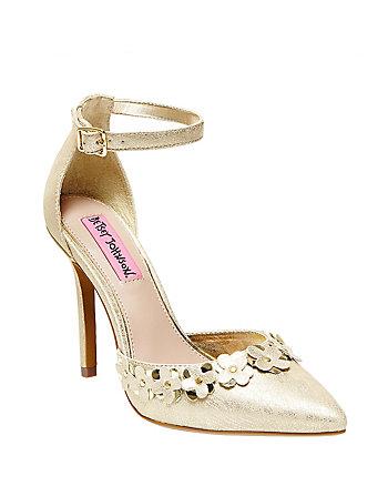 Viera Shoe Sale