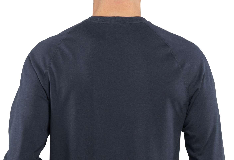 Raglan sleeves make it easier to move