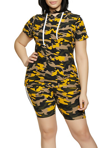 Plus Size Camo Hooded Tee and Shorts,MUSTARD,large