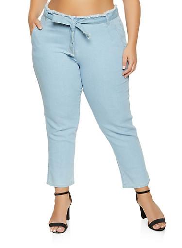 Plus Size Frayed Waist Jeans