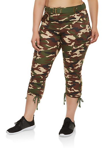Plus Size Belted Camo Cargo Capri Pants,OLIVE,large