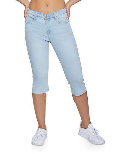 Almost Famous Raw Cut Capri Jeans,LIGHT WASH,large