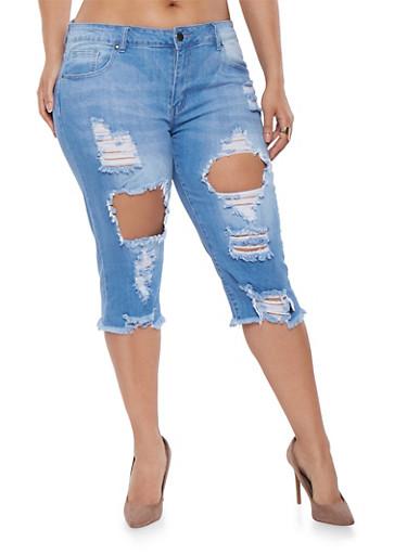 Plus Size VIP Ripped Capri Jeans,LIGHT WASH,large