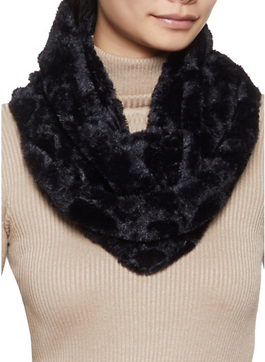 Heart Faux Fur Infinity Scarf,BLACK,large