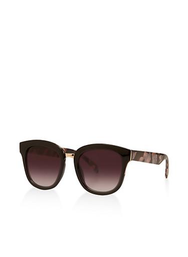 Square Plastic Sunglasses | 3133004264794,BLACK,large