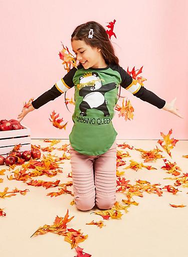 Girls 7-16 Panda Dabbing Queen Graphic Top,GREEN,large