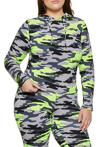 Plus Size Pullover Camo Top,GREEN,large
