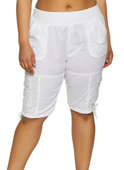Plus Size White Solid Shorts