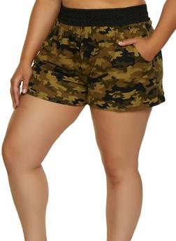 Plus Size Pull On Printed Shorts - OLIVE - 0960001444642
