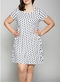 Plus Size Polka Dot Shift Dress - 1822029891005