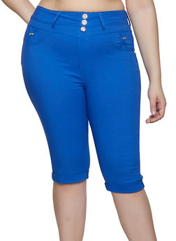 Plus Size Rhinestone Button Capri Jeggings - 1865063405251