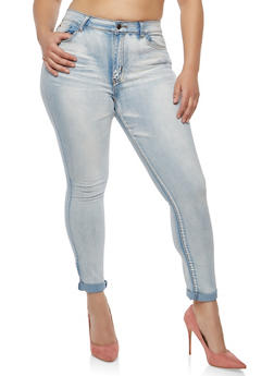 Plus Size Whisker Wash Skinny Jeans - 1870072290351