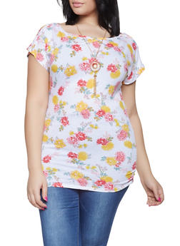 Plus Size Ruched Floral Top with Necklace - 1915038342078